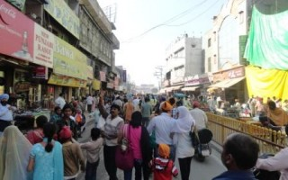 Chaos in the streets of India