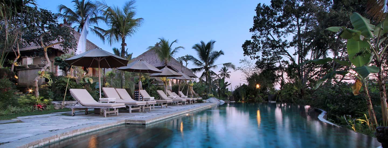 Volunteer & Yoga Retreat in Bali
