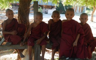 Myanmar: The Buddhist Life