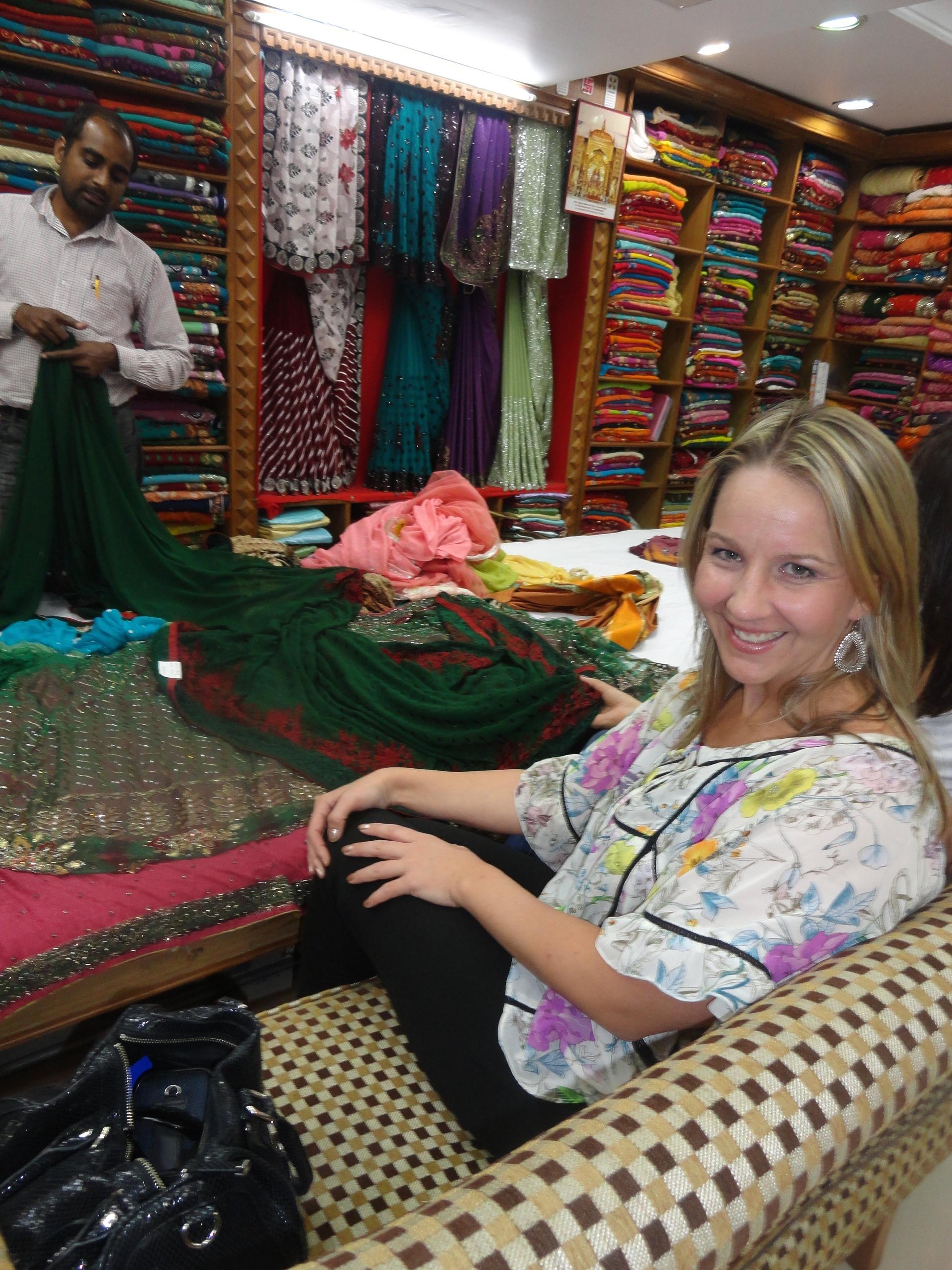 gina shopping for sari