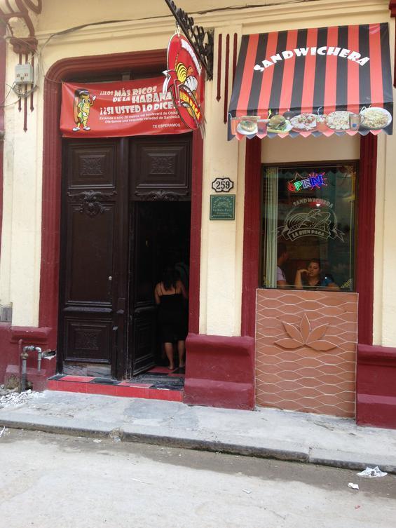 Havana's answer to McDonald's, great local eating establishments.