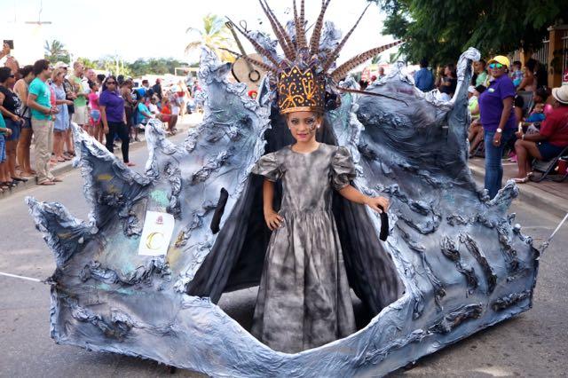 Inside Bonaire Carnival 2015